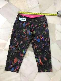 Edited 3/4 pant size 14 no 9909