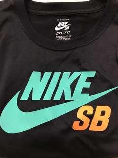 🚚 Nikesb短T