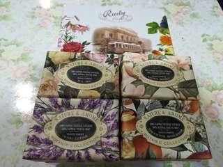 Nature & Arome Soap by Ruby