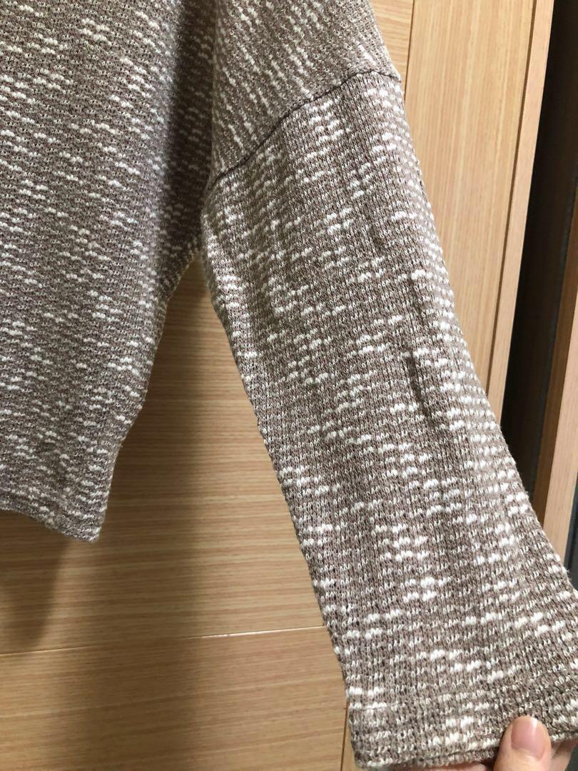 咖色混紗薄針織上衣