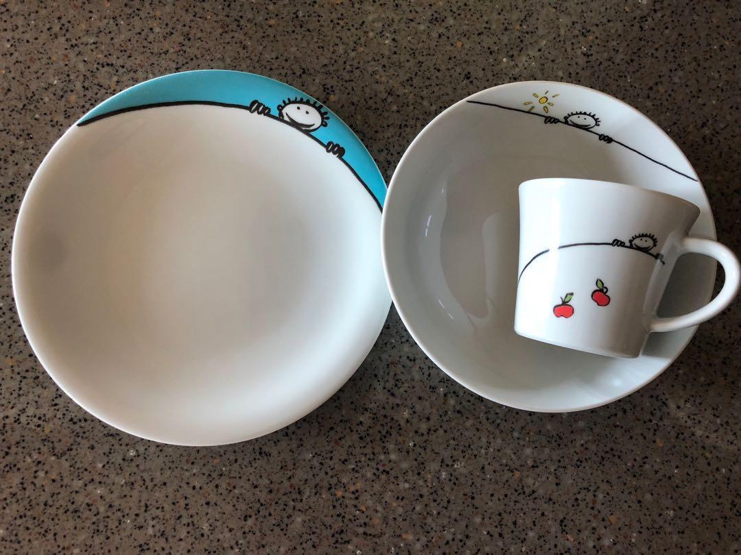 ‼️ SALE ‼️Kahla porcelain kid plate set