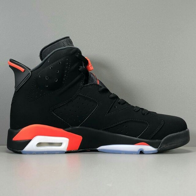 finest selection 4a5d1 78c2f Air Jordan 6 Retro AJ6 黑紅貨號:384664-060, Men s Fashion, Men s Footwear on  Carousell