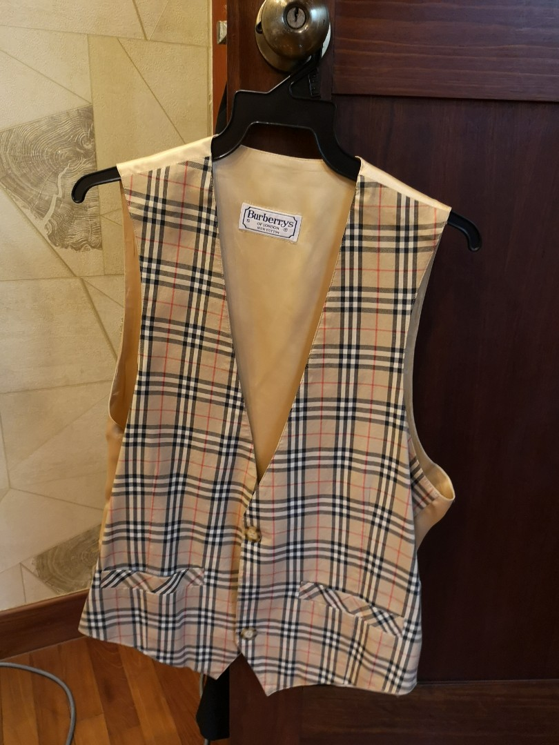 Authentic Burberry Vest in Gold 62f8ce3f8