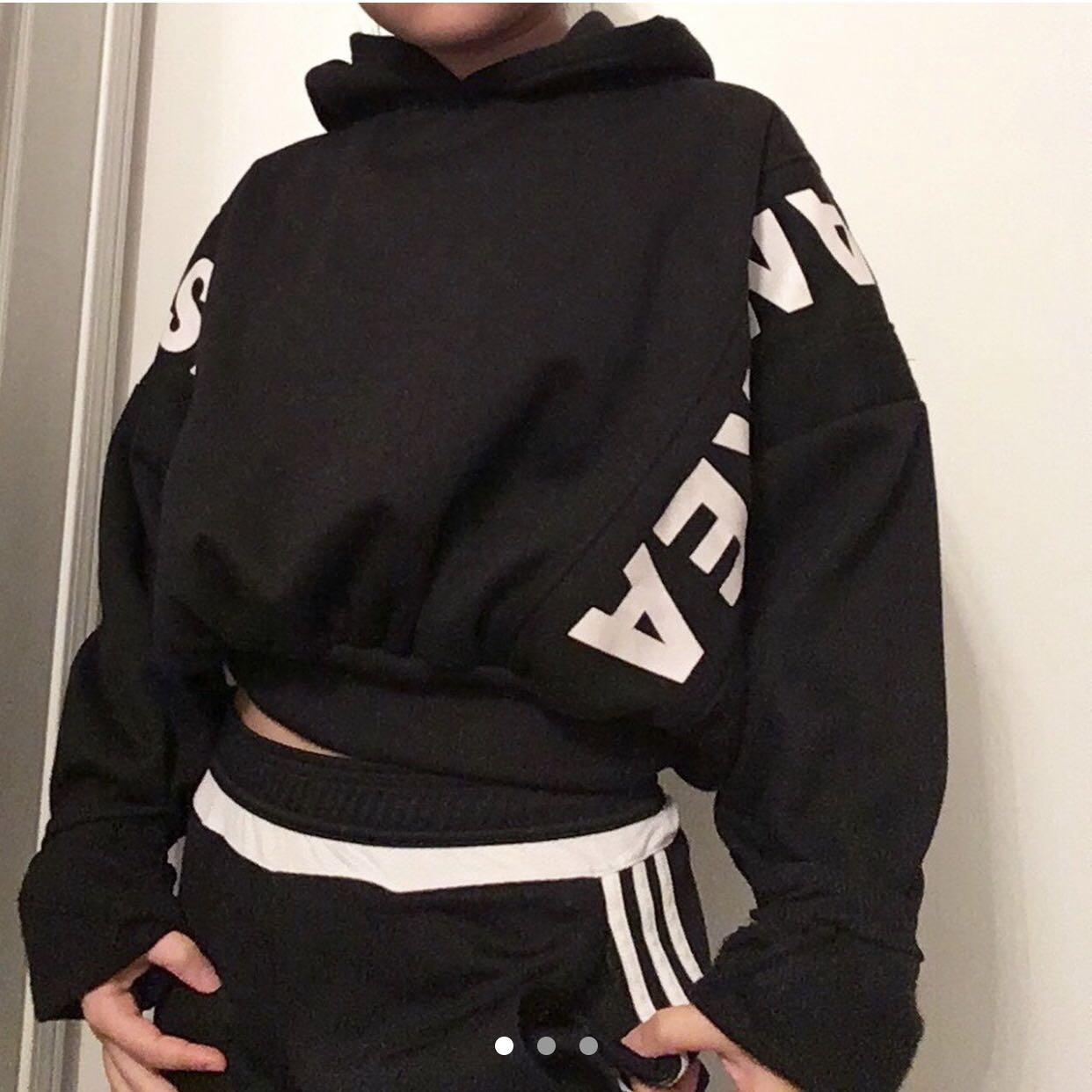black cropped loose puffy hoodie