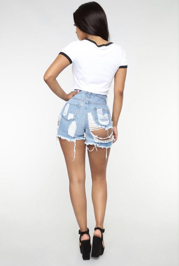 Can't Stop Now Denim Shorts - Light Blue Wash