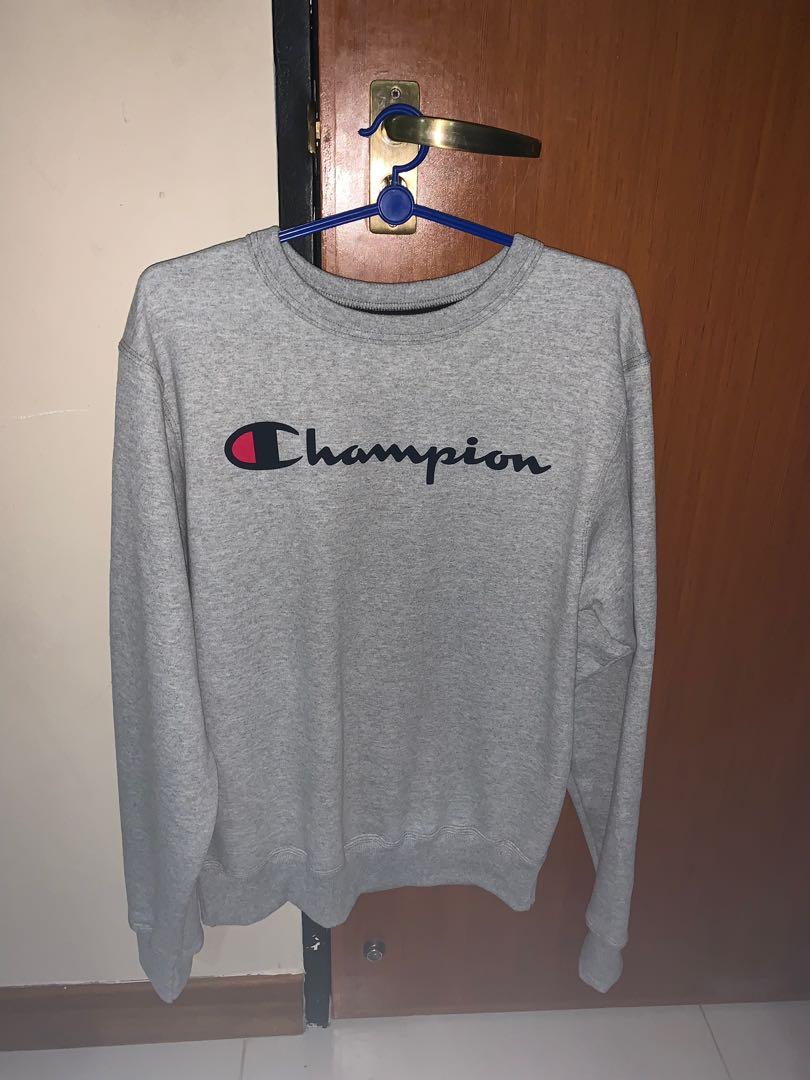 a1bc14d1e40d Grey Champion Sweatshirt logo