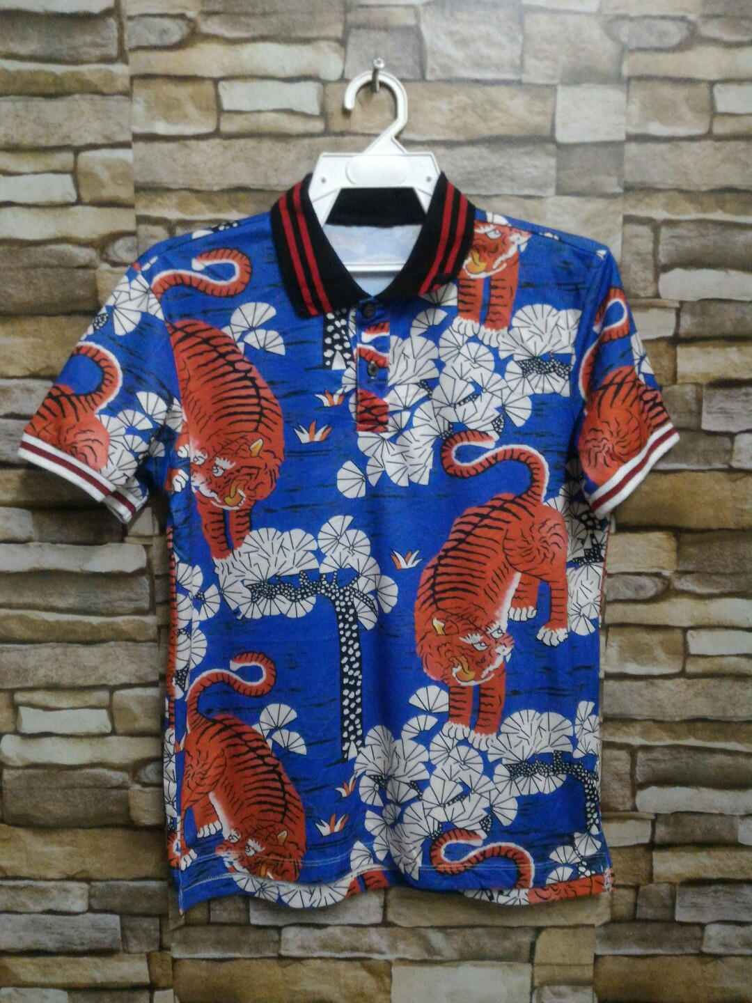 029e2eb0b Gucci bengal tiger polo tshirts shirts, Men's Fashion, Clothes, Tops on  Carousell