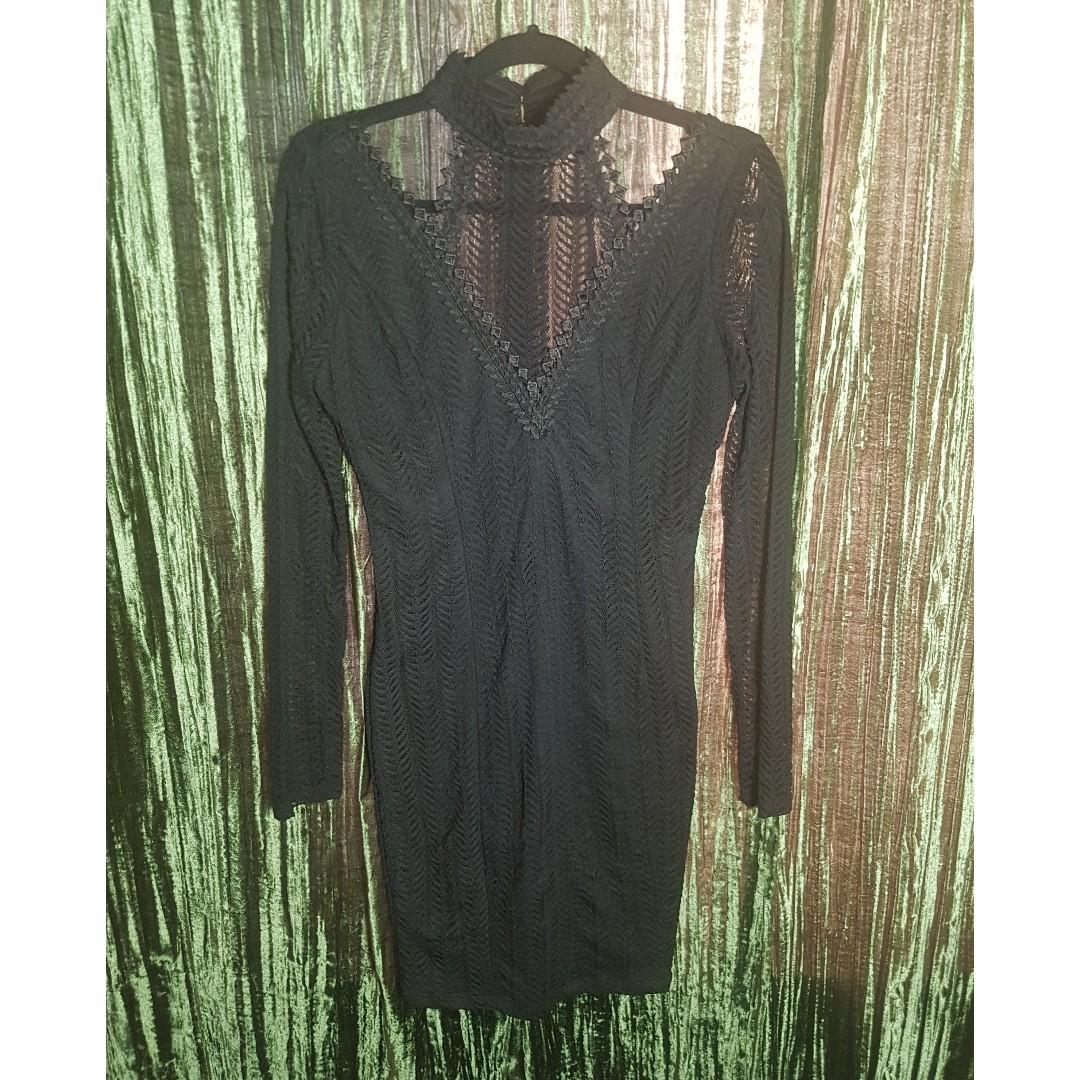 Have fun with these dresses!  Five size small dresses.