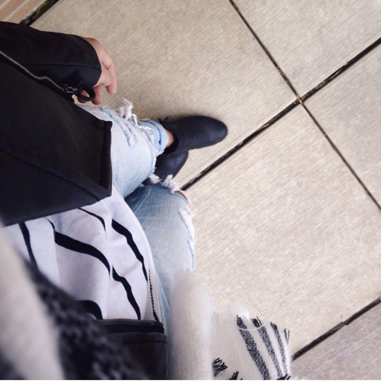 Hollister Boyfriend Jeans 25