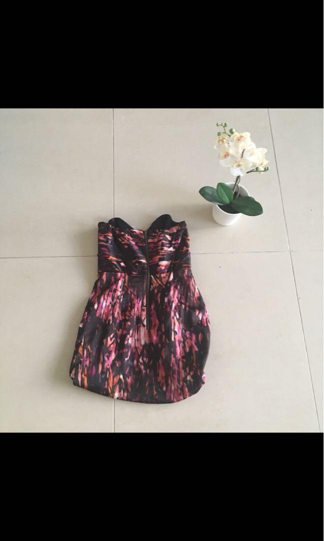Ladakh black and pink pattern strapless balloon style dress
