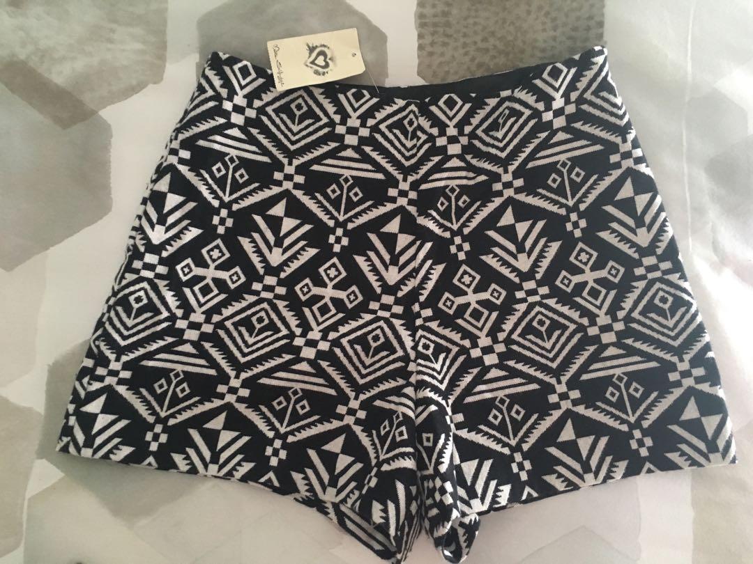 Miss Selfridge black and cream Aztec print high waisted shorts