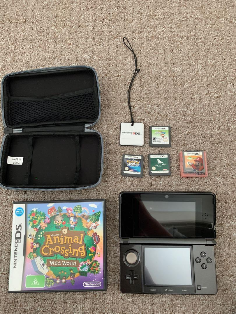 Nintendo 3DS + few games