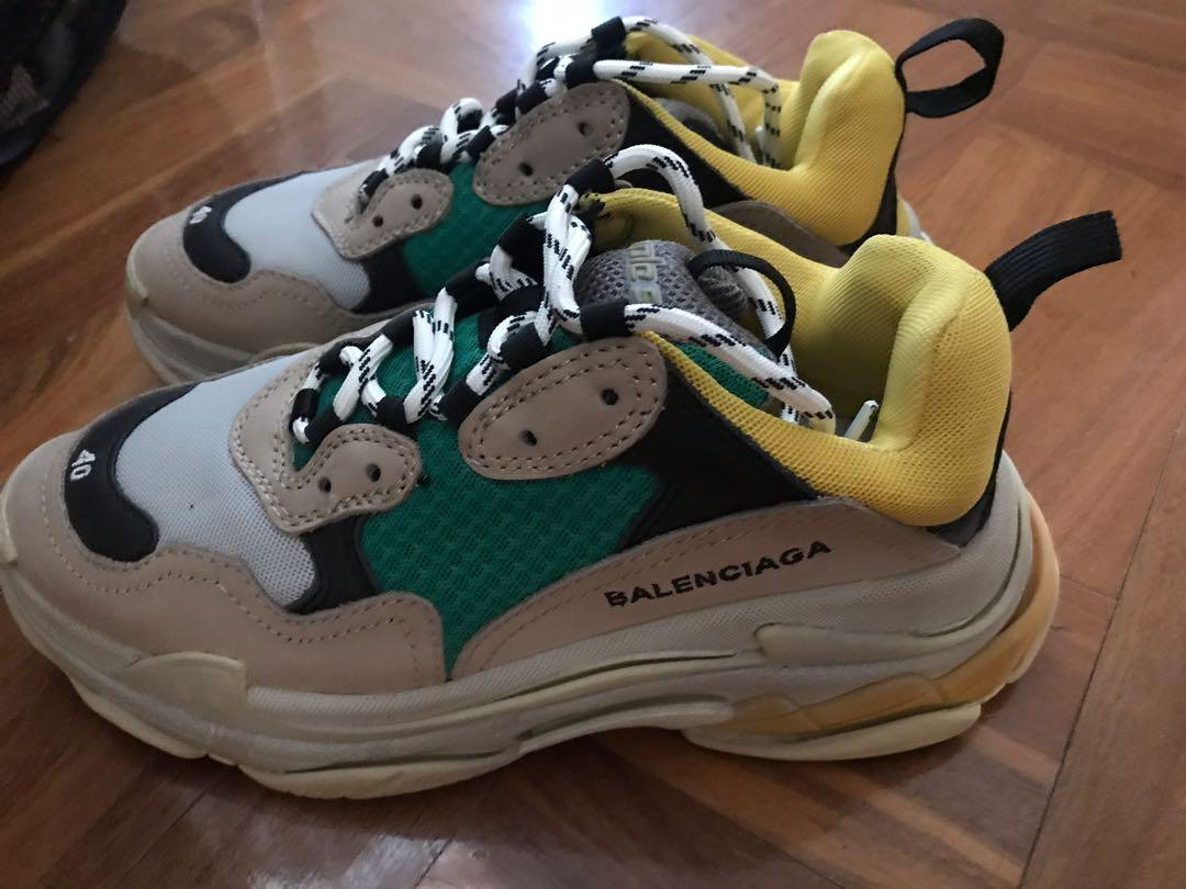 The latest collection of balenciaca triple S shoes for woman