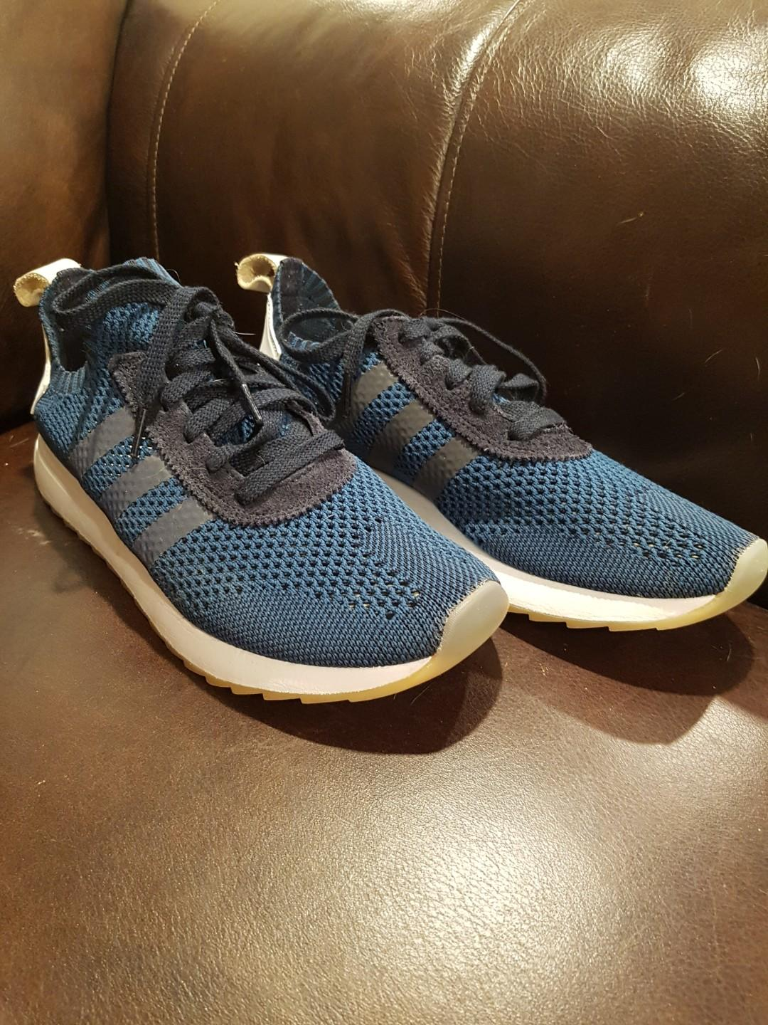 Women's Adidas FLB Primeknit Running Shoes ( Size 9.5 )