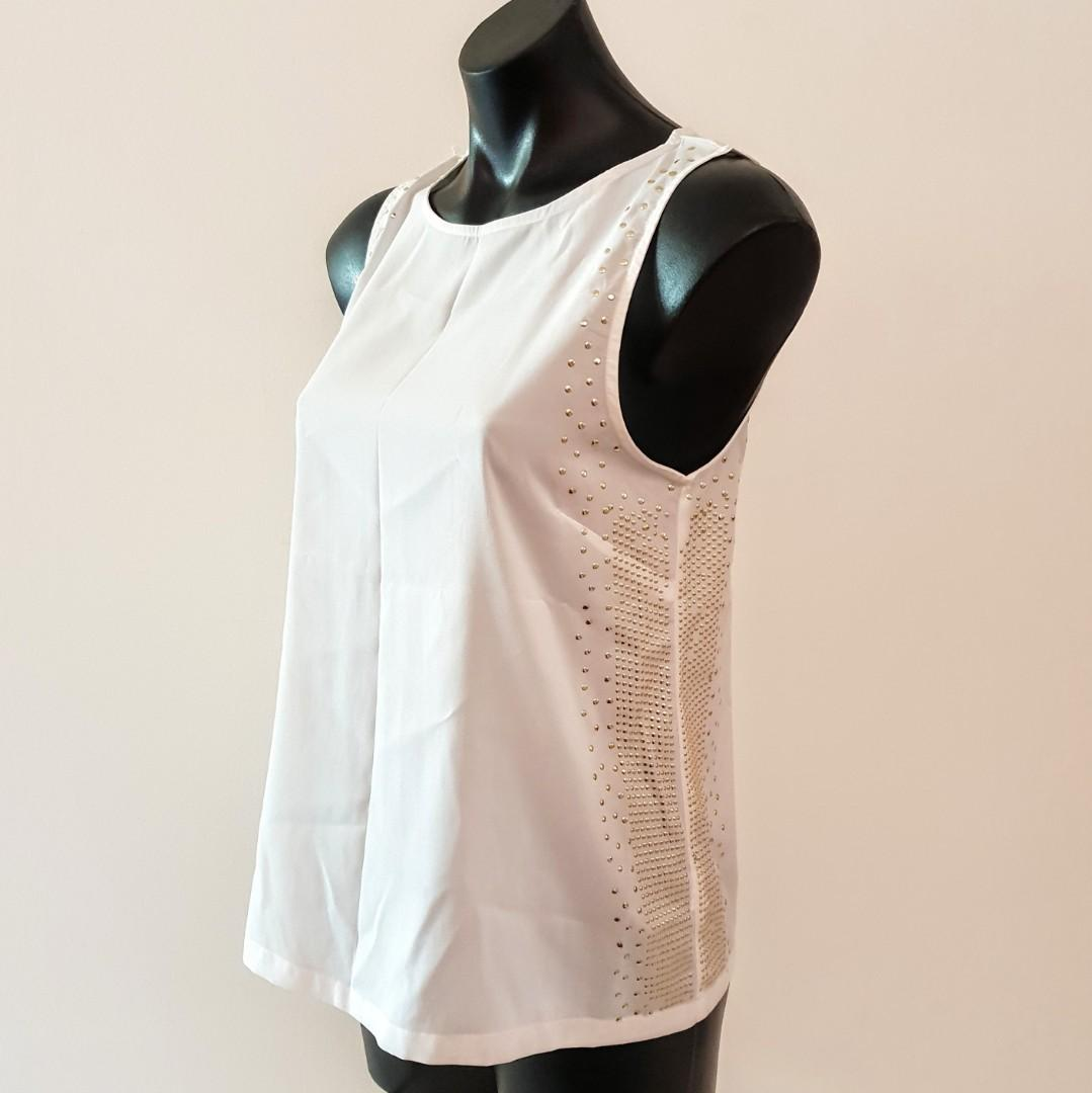 Women's size 12 'COCOLATTE' Stunning white top with gold studd detailing -AS NEW