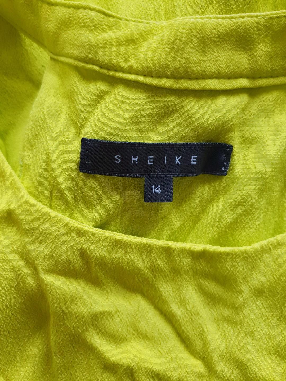 Women's size 14 'SHEIKE' Gorgeous yellow green racerback style top - AS NEW