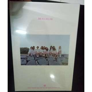 [WTS] TWICE One In A Million Photobook