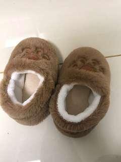 男童居家鞋(全新)
