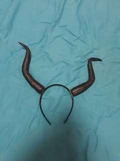Devil Horns Prop