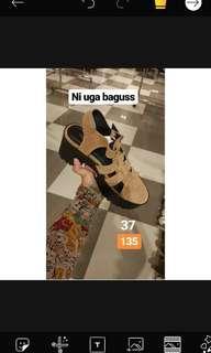 Boots heels sepatu zara pull n bear stradivarius bershka sale diskon shoes platform creepers wedges  Ongkir 2 kg  . BISA VIA SHOPEE, UNTUK DETAIL CEK HIGHLIGHT IG STORY : RATRISTRY (SEPATU SALE)