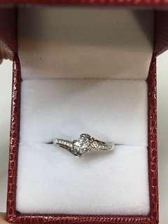 💎Diamond💎 Ring in 18K WG. D0.18ct Solitaire.