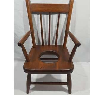 VINTAGE OAK CHILD'S COMMODE POTTY CHAIR