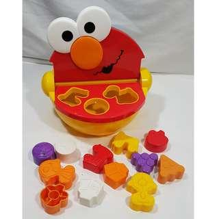ELMO & COOKIE MONSTER SHAPE SORTER WITH TALKING