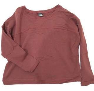 酒紅色寬版短版單口袋T,全新沒穿過