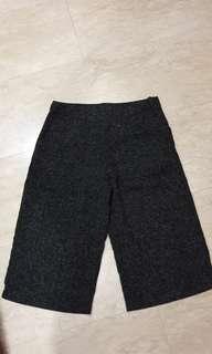 BNWT 3/4 pants