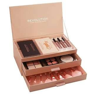 READYSTOCK Makeup Revolution Soph's Favourites
