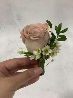 Dusty Pink Rose Boutonniere / Cappucino Rose