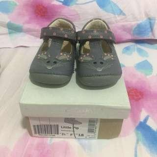 #CNYBABIES Clarks First Shoes ' Little Pip'