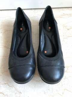 Bata comfort shoes