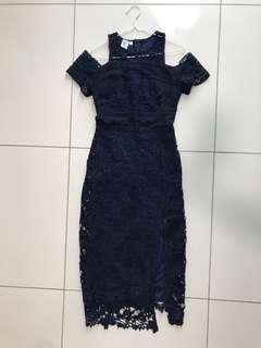 Cold shoulder lace crochet dress in navy