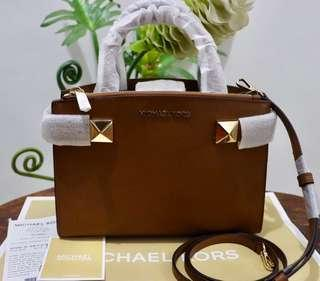 Micheal kors karla Original💯 sale