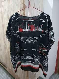 LIKE NEW!! DKNY silk top