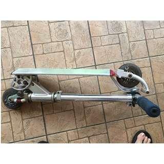 Expat sale: Full Aluminium body foldable Skate sccoter.