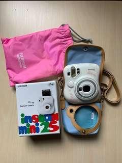 Fujifilm instax mini 25 (連盒及正版相機袋)
