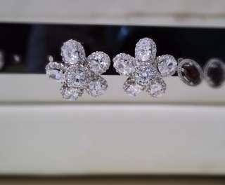 925銀 鋯石花形耳環