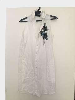 Long white blouse