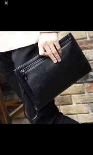 🚚 Transit Mens Clutch Bag Black