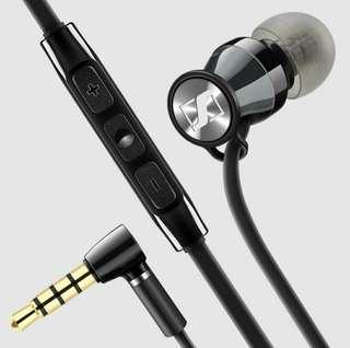 🚚 Strong bass in-ear earphone/ear piece with hard case