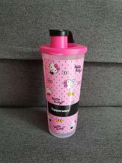 🚚 Brand New Tupperware Hello Kitty Bottle
