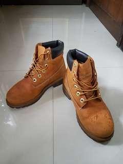 🚚 Timberland女版經典黃靴(23號左右適合)