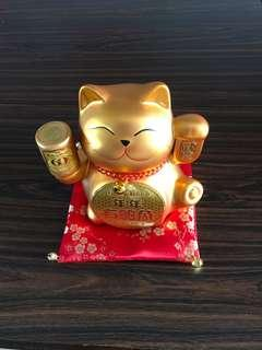 Gold Fortune Cat Coin Bank (2 photos)