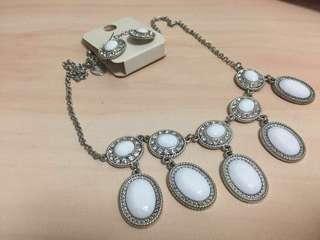 🚚 ~ Louvisa Accessories set ~