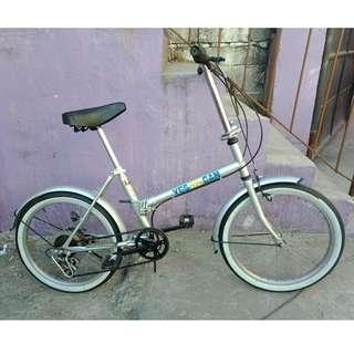 YWC FOLDING BIKE (FREE DELIVERY AND NEGOTIABLE!)