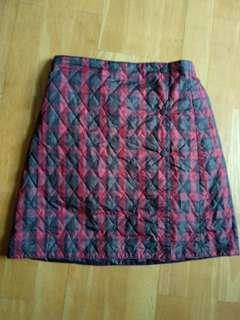 Uniqlo quilt skirt