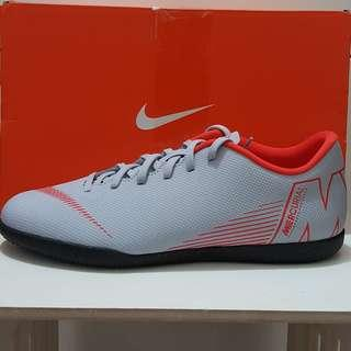 Sepatu futsal nike mercurial vapor 12 club IC original size 42