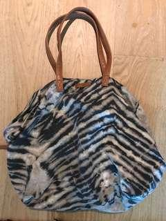 BEACH BAG zebra print